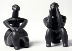 Grup statuar - Ganditorul si Femeie sezand