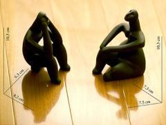Grup statuar Ganditorul si Femeie sezand