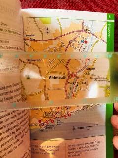 Rigla - Magnif-i - Maginifying Bookmark