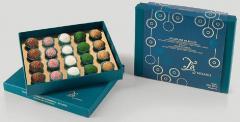 Cutie cu bomboane din ciocolata artizanala - Boule Selection Box