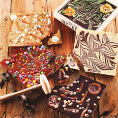 Ciocolata in cutie din lemn - Fraises - Goji – Cranberries