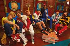 Poster - BTS Crew